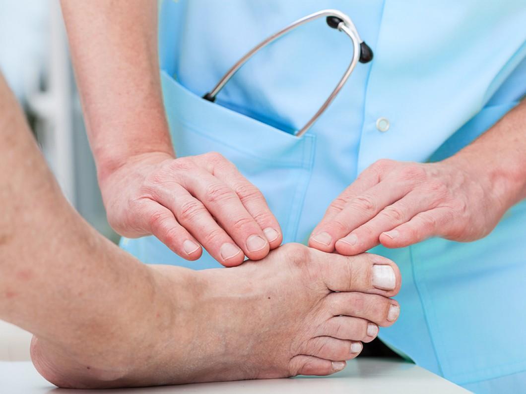 ortopedista especialista em tornozelo e pé